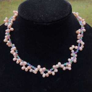 Natural pink pearl necklace